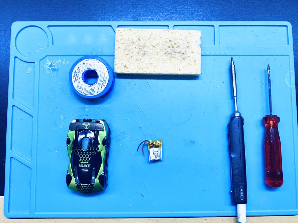 Tools required to install the Anki Overdrive Replacement Battery